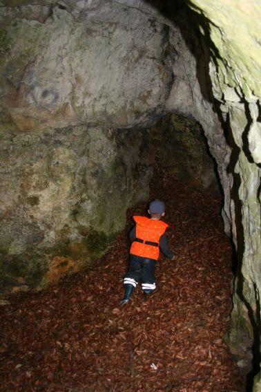 Höhle im Fels