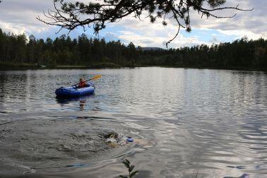 Niklas geht schwimmen