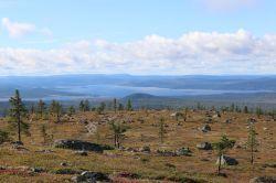 """Blick auf den Pataari - hinten links auf Höhe der Insel ist unser """"Traumstrand"""""""