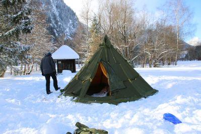 das Zelt ist aufgebaut