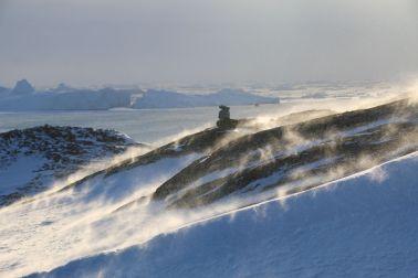 Schneeflug im Wind