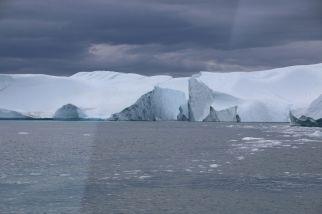 Überfahrt nach Ilimanaq - wir erhaschen sogar einen kurzen Blick auf zwei Buckelwale