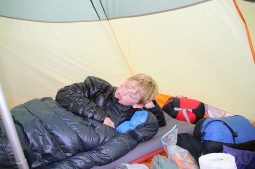 Aufwärmen im Zelt